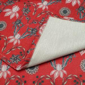 Bordstablett i textil i design av Pia Bergvall Lundén